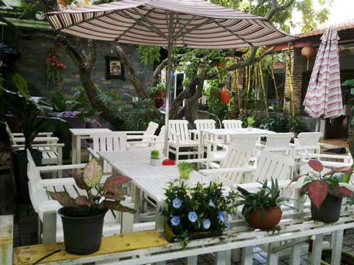 thiet-ke-quan-cafe-san-vuon