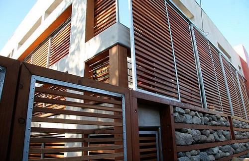 http://cityaluminium.com.vn/chuyen-lap-dat-lam-chan-nang-aluminium-gia-tot-1-2-145308.html